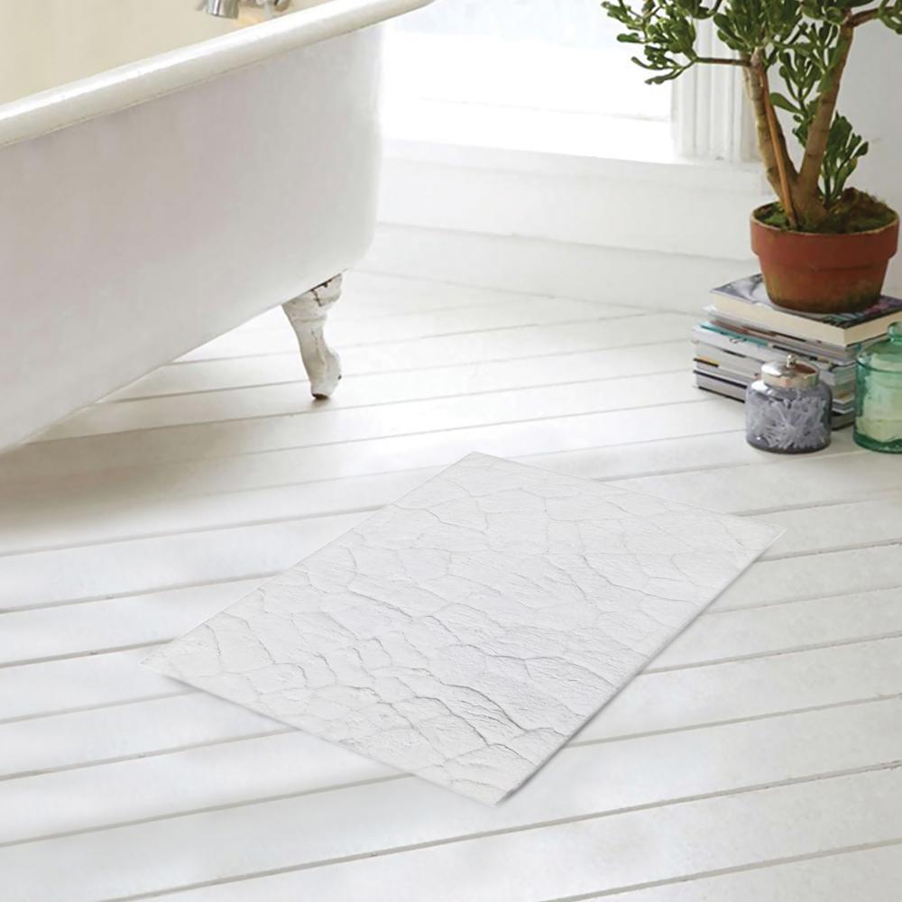 Bathmat Pattern White