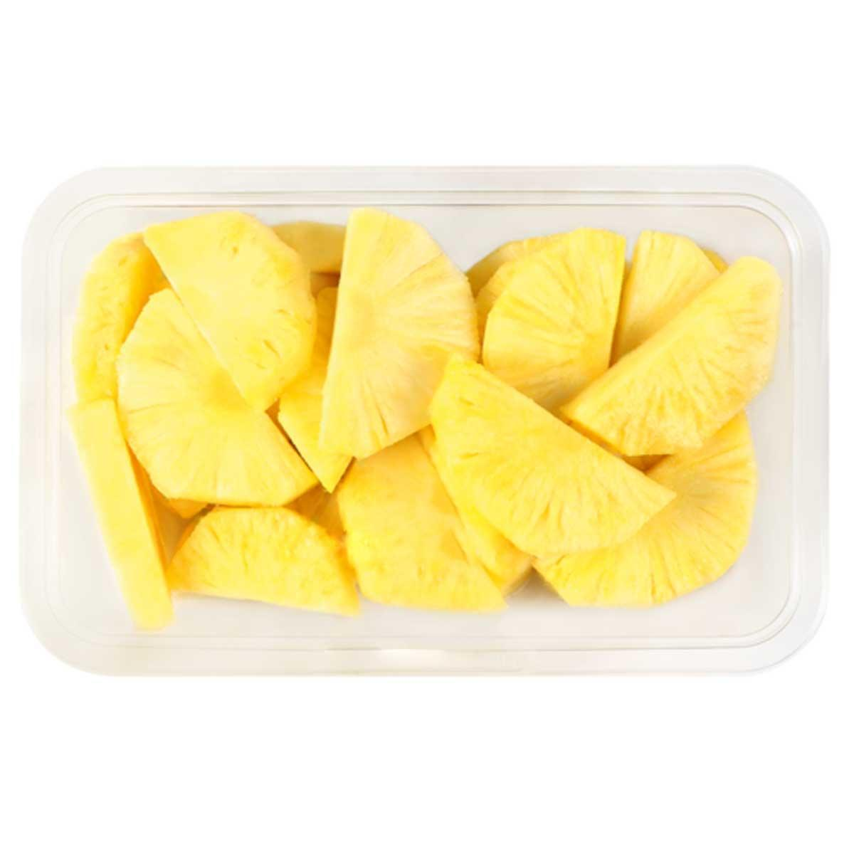 Fresh Pineapple Slices