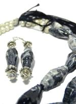 B-The Label Black & White Necklace & Earrings Set (B-11)