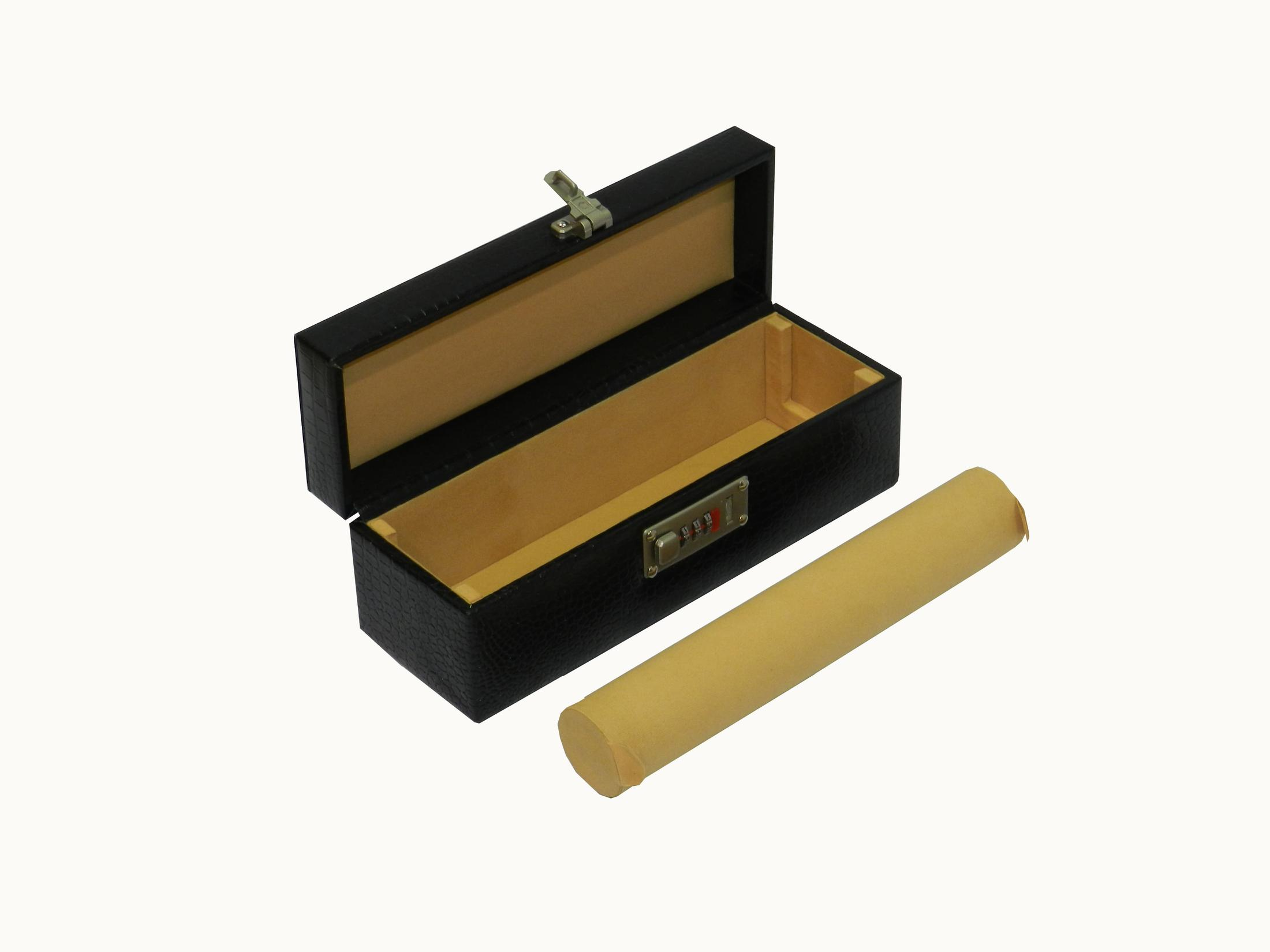 Laveri Genuine Leather Bracelet Jewelry Box with 1 Removable Rolls BLACK