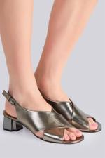 Laora Cross Sandals