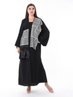 Moistreet Black Contrast Panel Abaya (MOIS3110)
