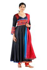 Latha Puttanna Black Silk Kurta Set (SS18-16)
