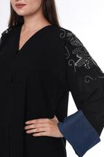 Moistreet Black Embroidered Abaya (MOIS3047)